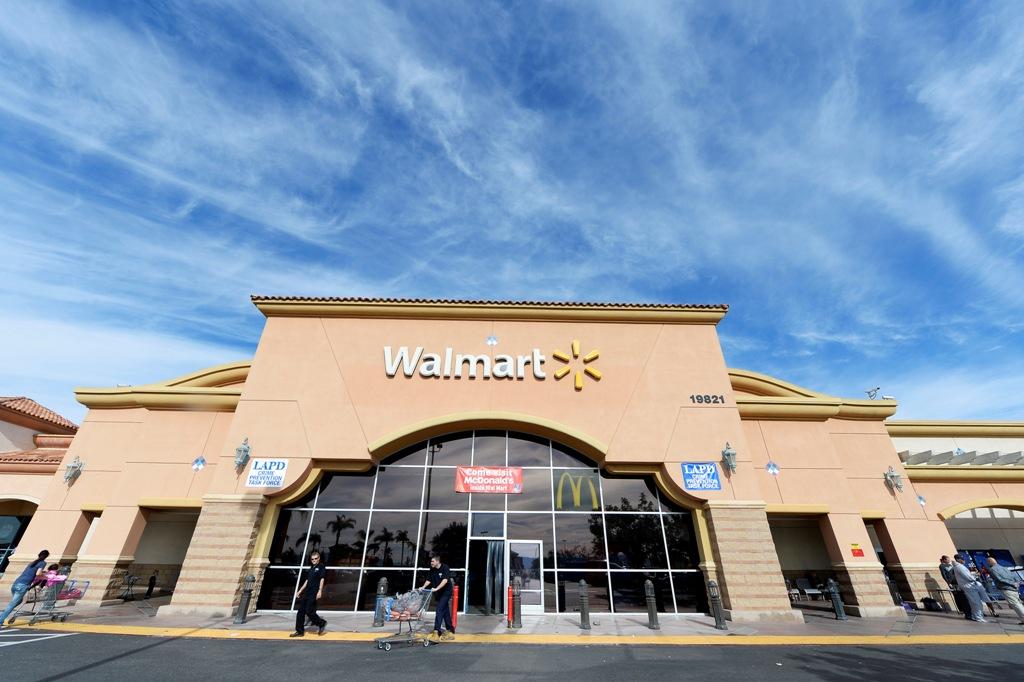 Walmart Store LA US