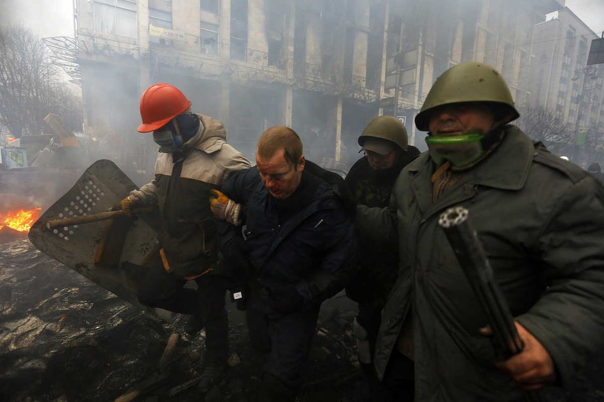 Ukraine Unrest: Protesters Take Dozens of Police as Hostages amid Spiralling Crisis