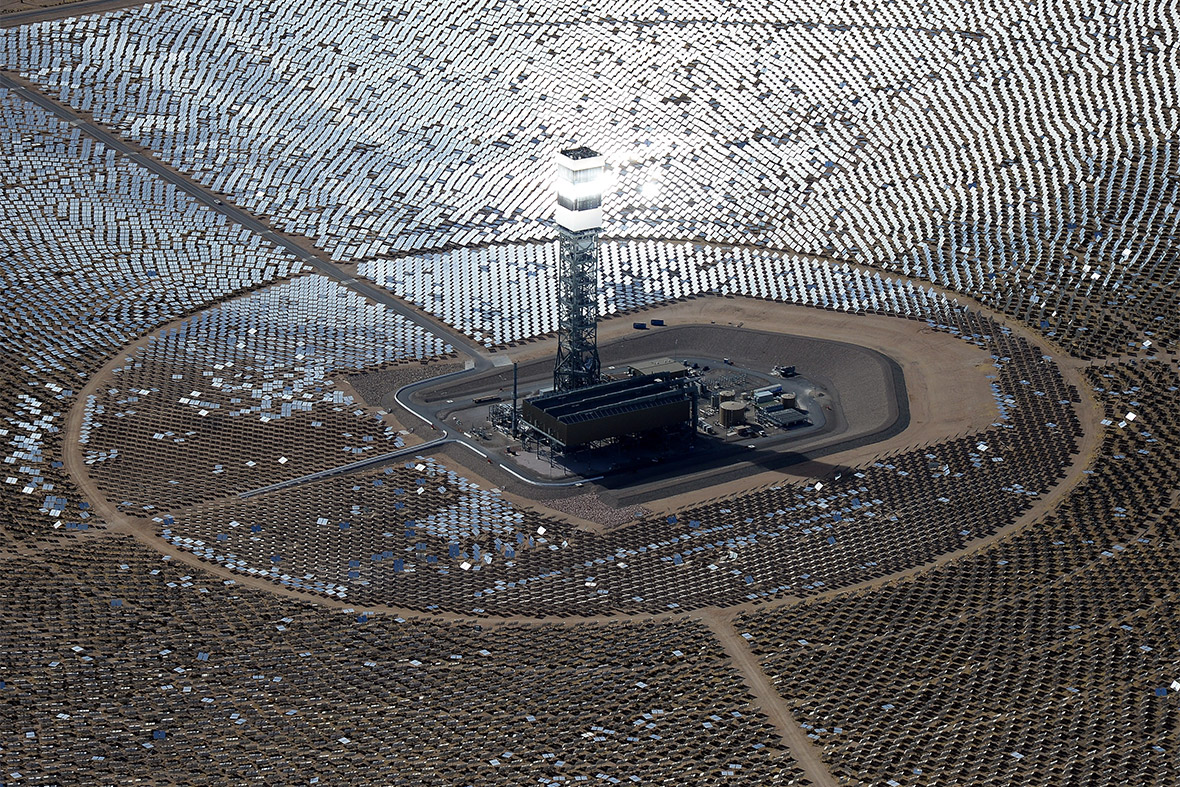 Fire Breaks Out At Google Solar Plant After Mirror Mishap Causes Rays To Set Power Tower Ablaze