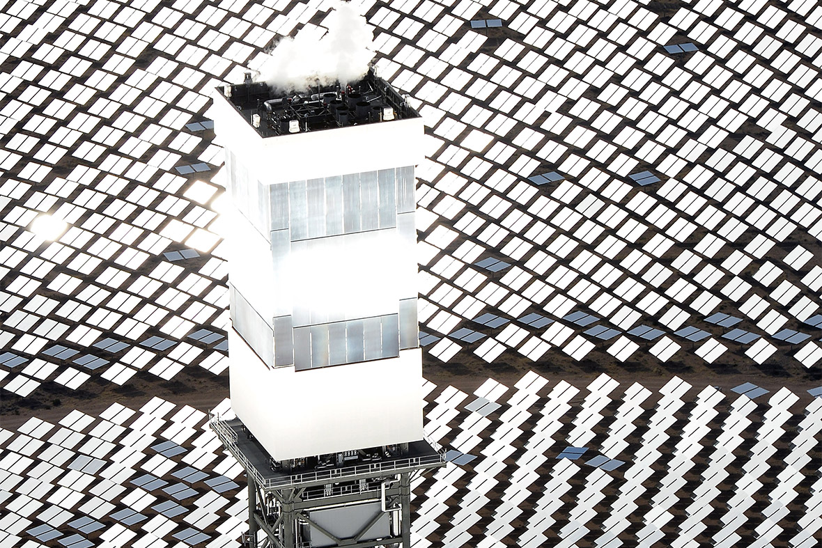 Mirrors in the Desert: Photos of the Ivanpah Solar ...