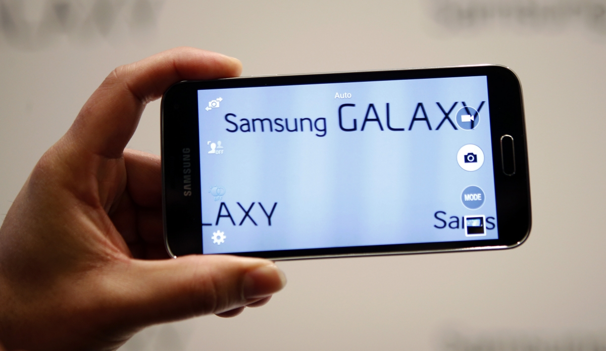 Samsung Galaxy Alpha with Metallic Outer Body Surfaces in New Leaked Images