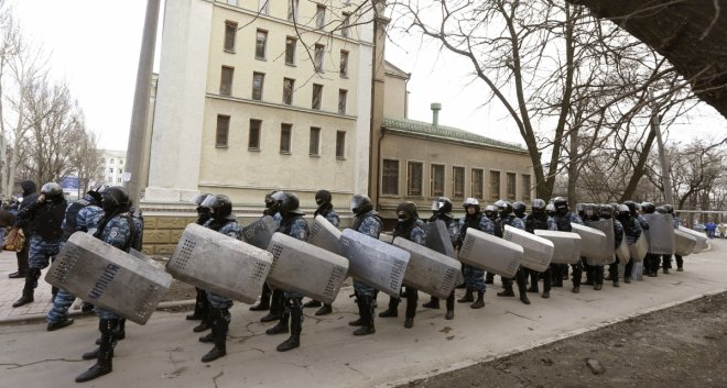 Ukraine: Kiev to disband Berkut elite police force