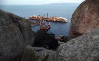 Costa Concordia wreckage Giglio