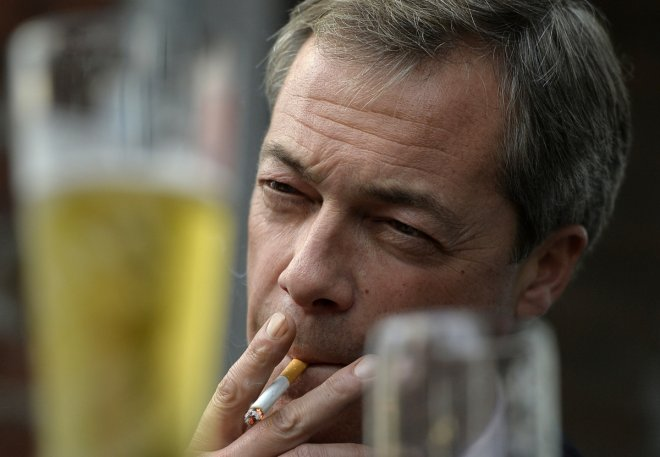 Nigel Farage said he will resign as Ukip leader if party fails to win seats at the 2015 general election