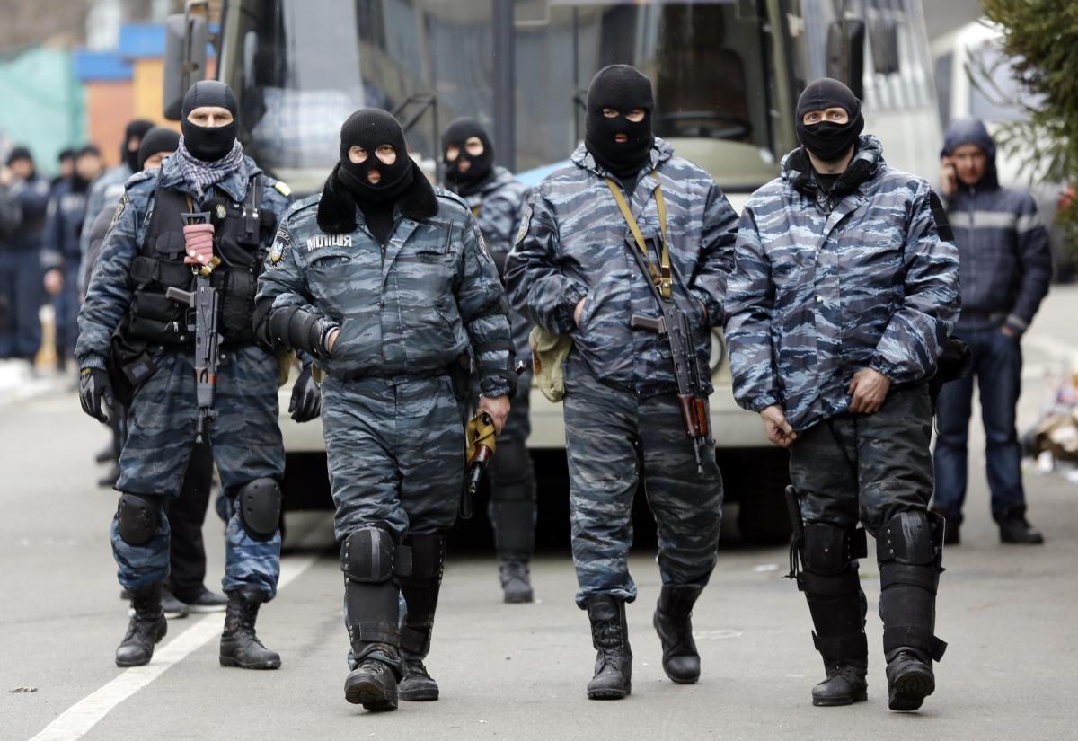 Russia to issue passports to Ukraine's Berkut police force