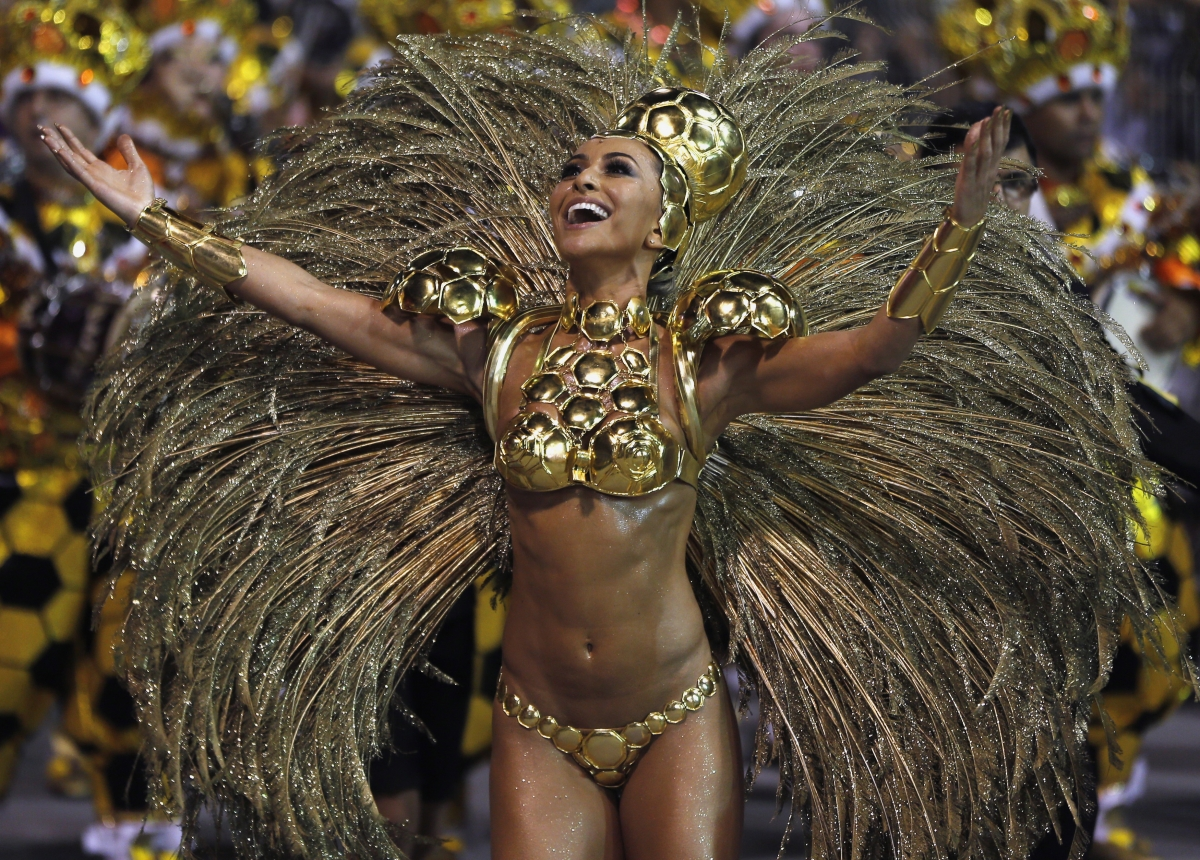 Brazilian model Sabrina Sato from the Gavioes da Fiel samba school takes part in the Special Group category of the annual Carnival parade in Sao Paulo's Sambadrome March 1, 2014.