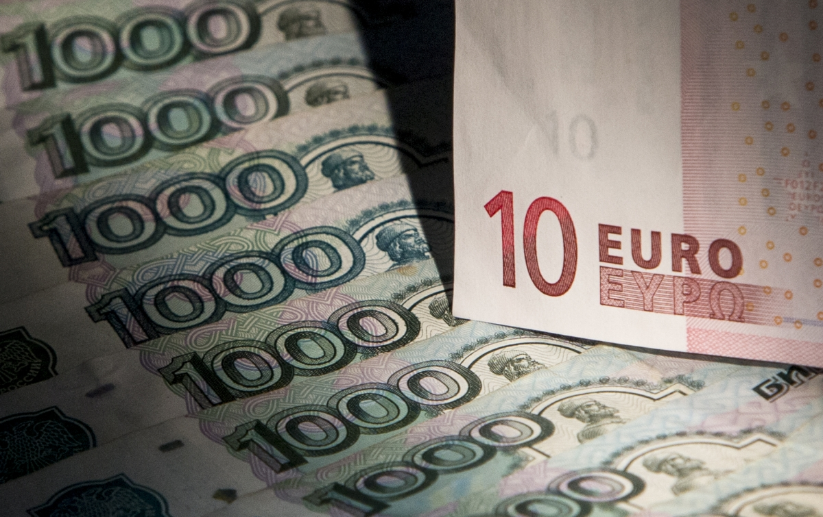 The Euro and Russian roubles
