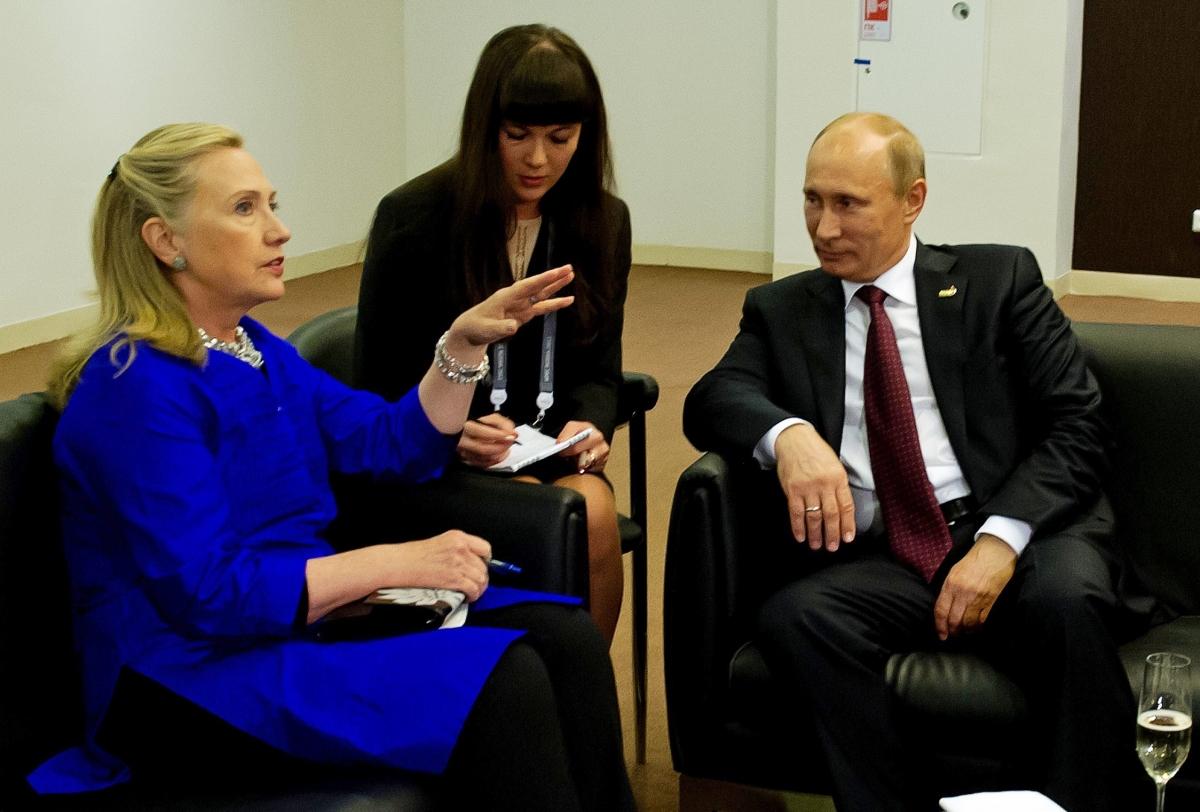 Hillary Clinton Putin