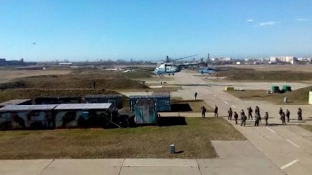 Ukrainian Aircraft Escape Russian Takeover