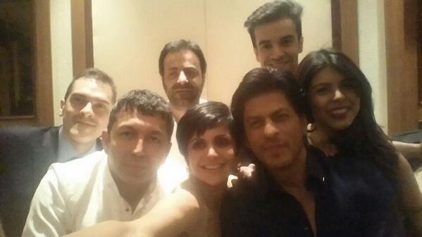 Shah Rukh Khan selfie