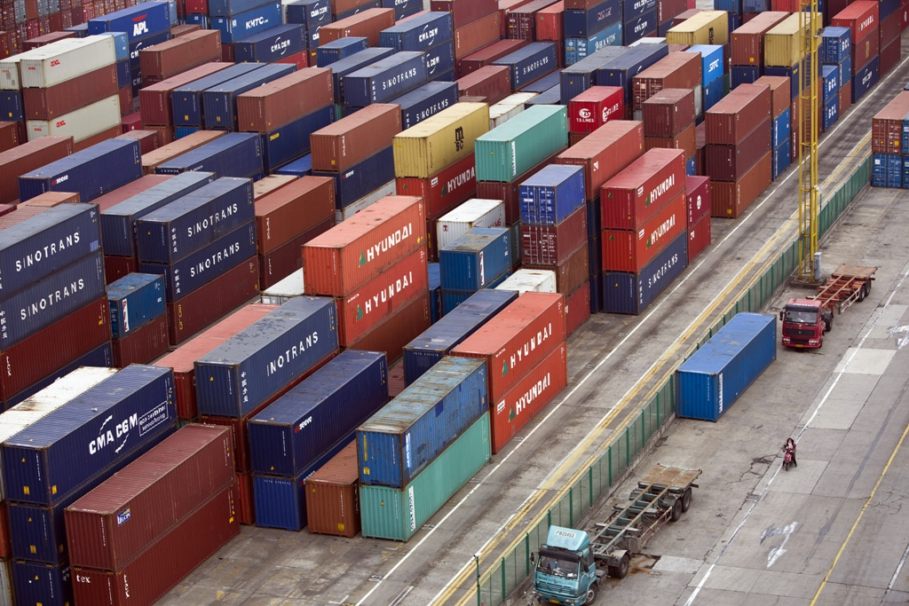 Shipping Containers Shanghai Free Trade Zone