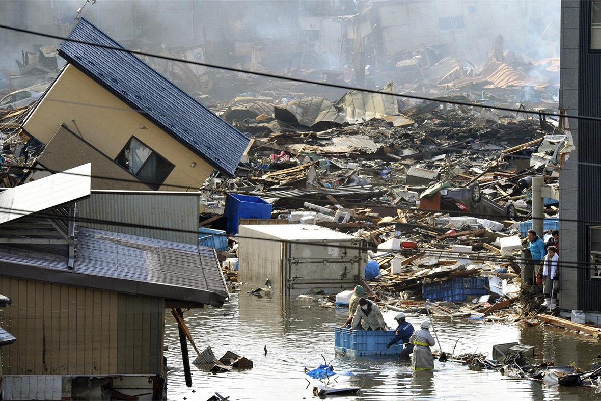 Japan 2011 Earthquake And Tsunami 30 Powerful Images