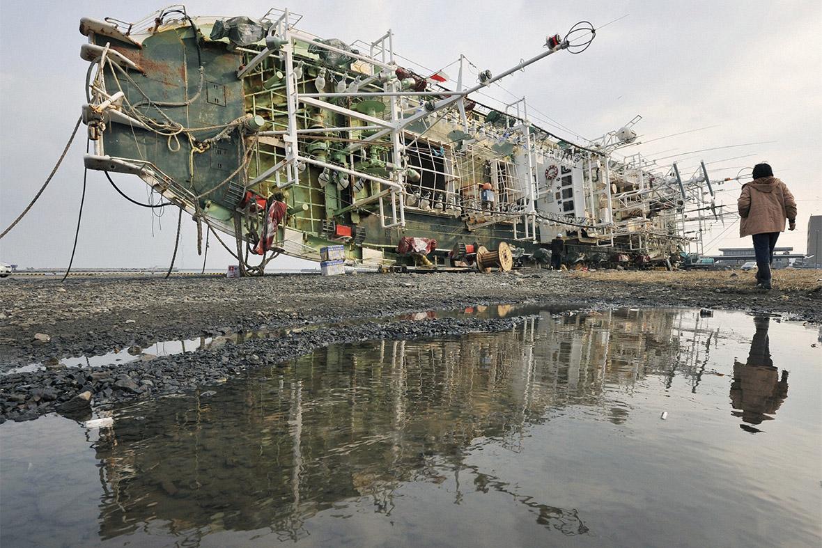 tsunami ship