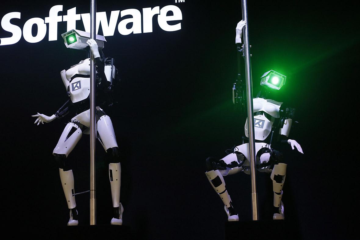 pole dancing robots