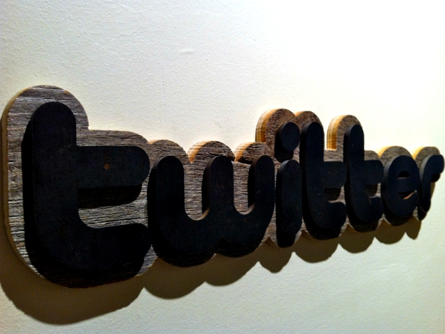 Twitter sign