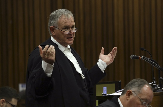Barry Roux got Danny Fresco to reveal he had followed the Oscar Pistorius trial on Twitter