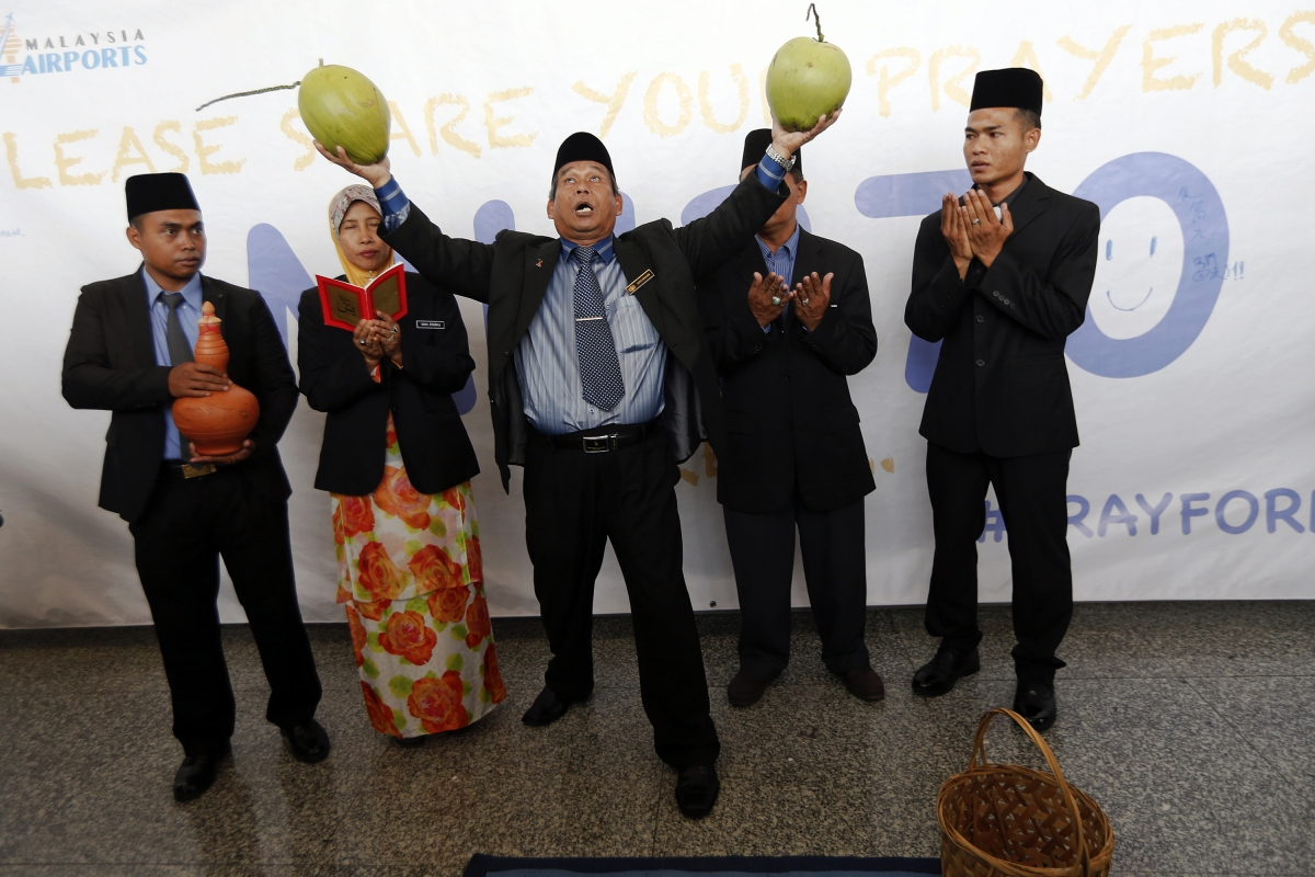 Missing Malaysian airlines flight crash and bomoh rituals