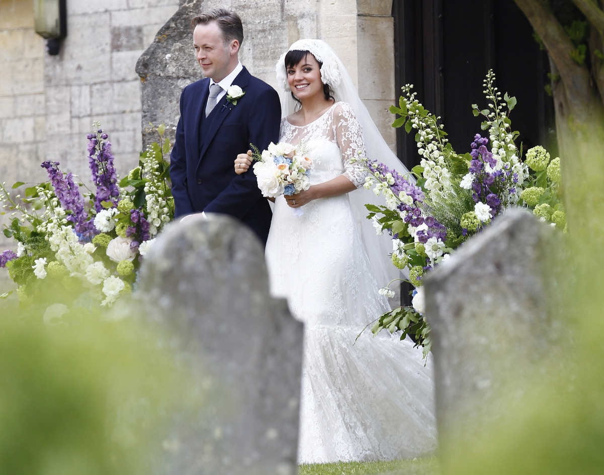 Lily Allen Lost Her 200k Chanel Wedding Dress recommend