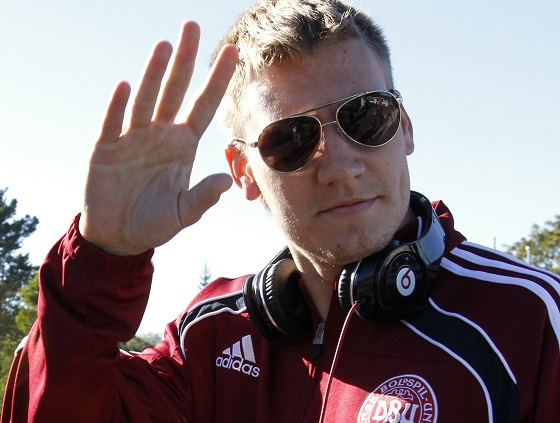 Nicklas Bendtner rubbed himself on a taxi in a bizarre incident during a drunken night out in Copenhagen, reports said