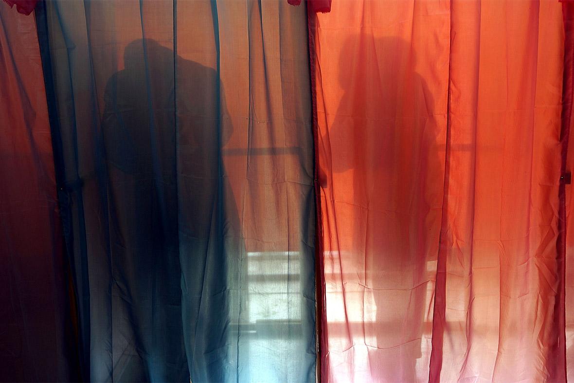 polling shadows