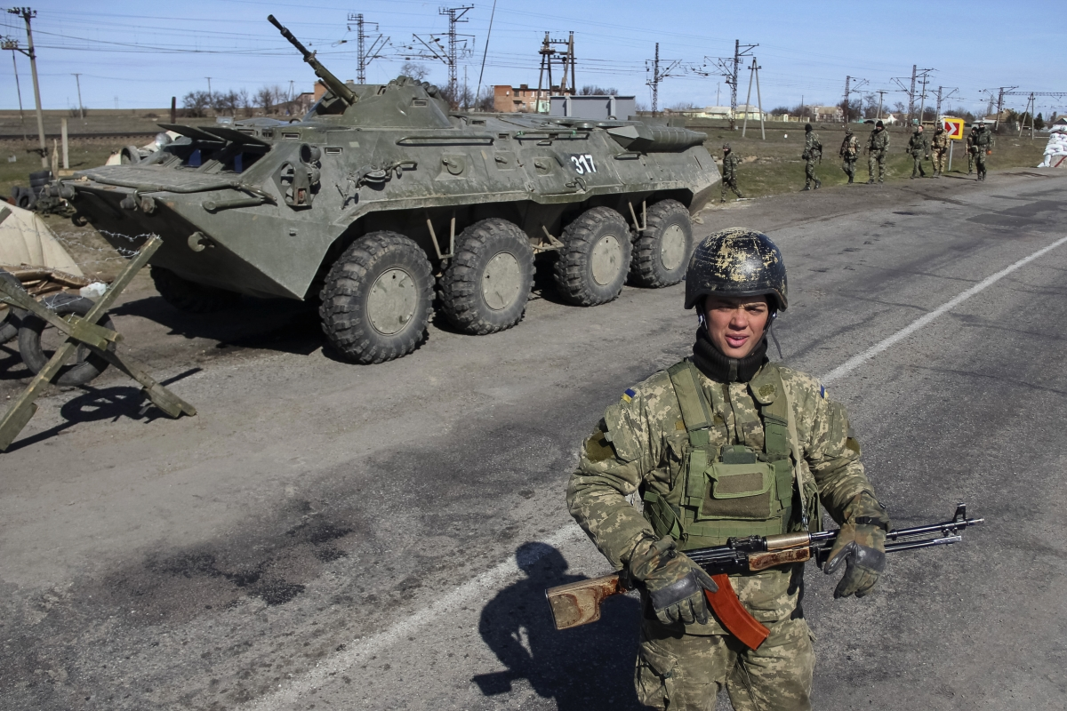Ukraine Authorises Troops to Use Weapons after Soldier is Killed in Crimea Base Raid