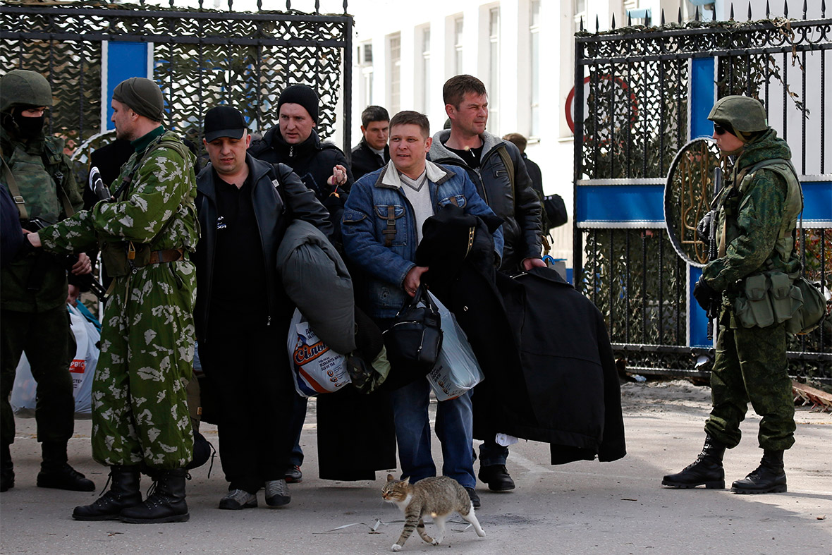 ukrainians leave