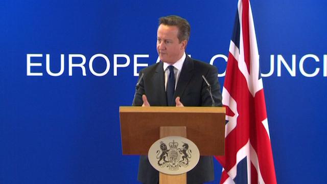Cameron Warns Putin after 'Kalashnikov Referendum'
