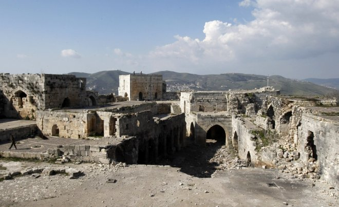 Krak des Chevaliers: overview of internal damage.