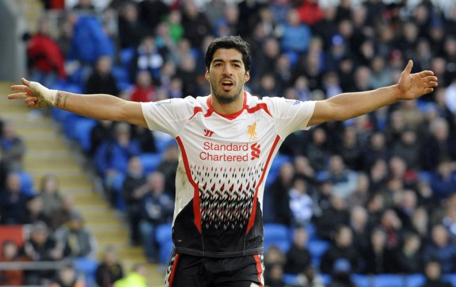 Diego Forlan Urges Luis Suarez to Leave Liverpool for Manchester United
