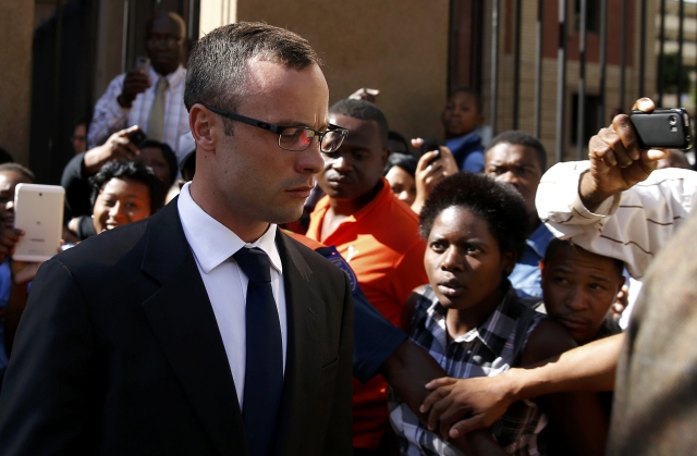 Pistorius Texts Reveal Reeva Steenkamp Fear of Lover