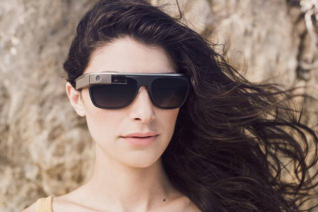 Google Glass Ray Ban Oakley Luxotica