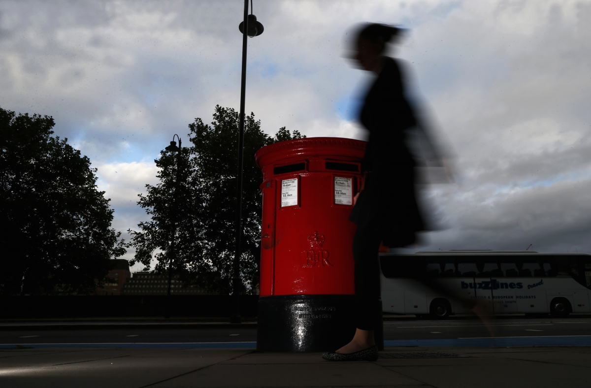 Royal Mail earnings fall after Brexit vote hits marketing mail
