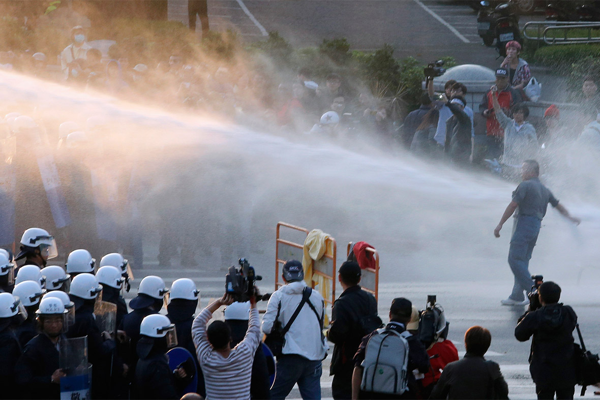 24 water cannon