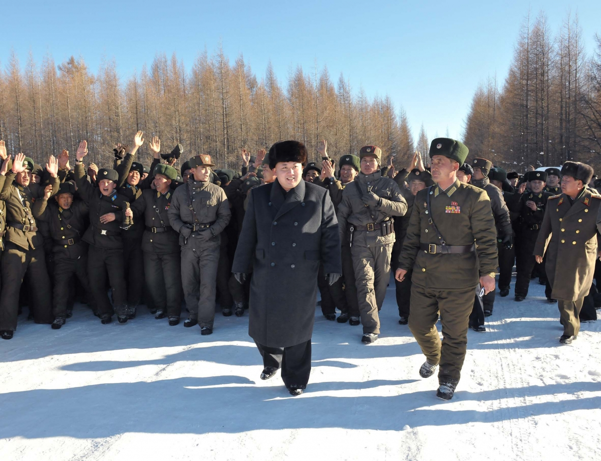 North Korean Dictator Kim-Jong Un war south korea 2015