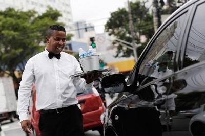 street waiter