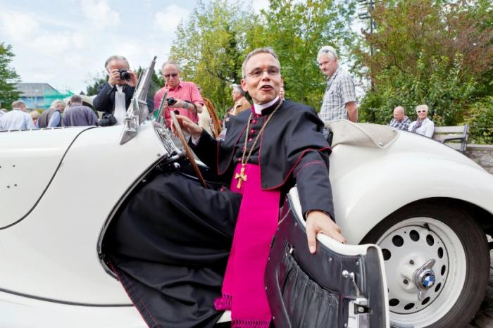 Vatican Removes Germany's 'Bishop of Bling'