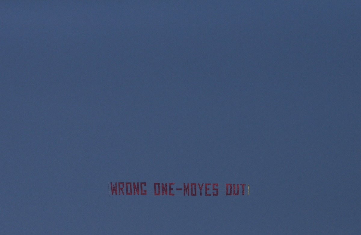 Moyes Out banner