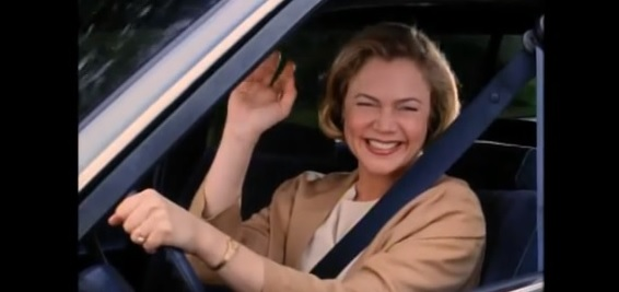 Kathleen Turner as a smiling psycho killer in Serial Mom