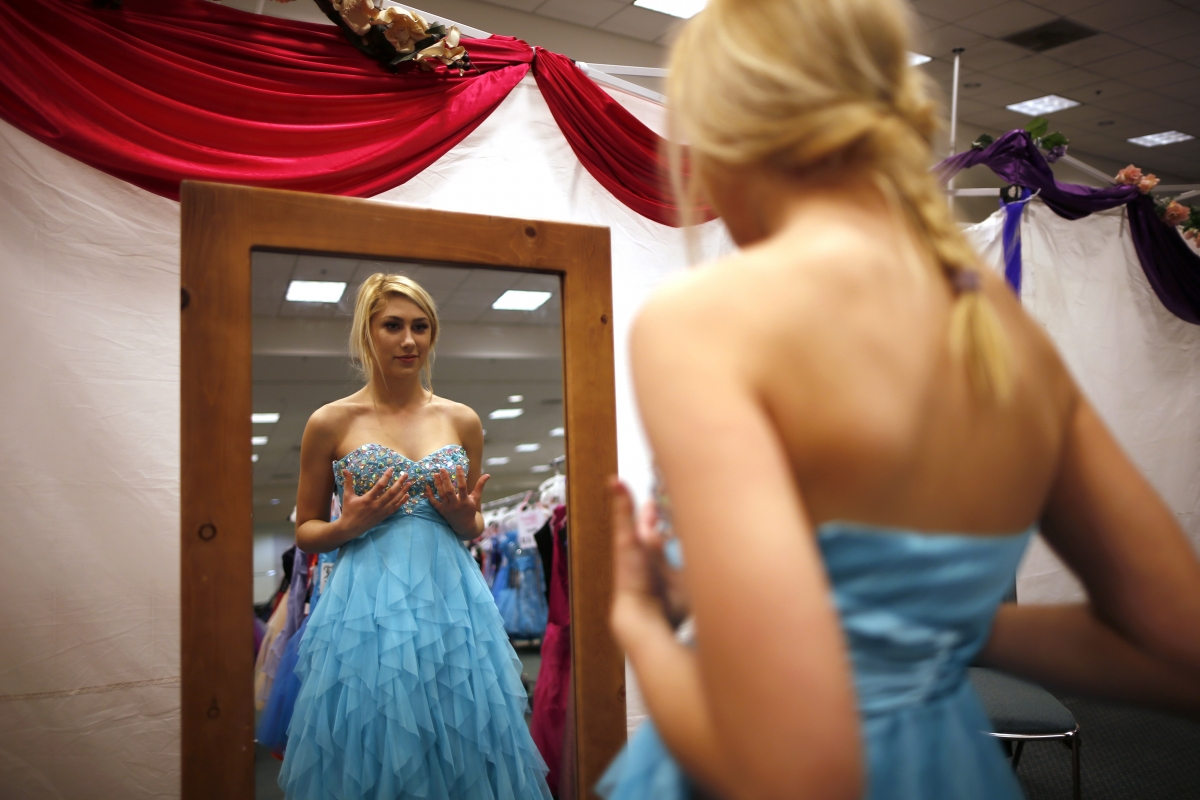 Glamour Gowns 2014