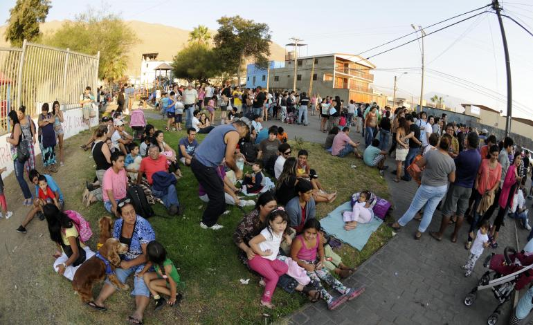 Thousands Evacuated in Chile as 5 Dead Following Quake