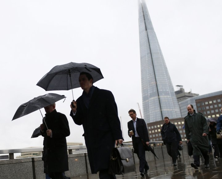 UK salary growth slows down