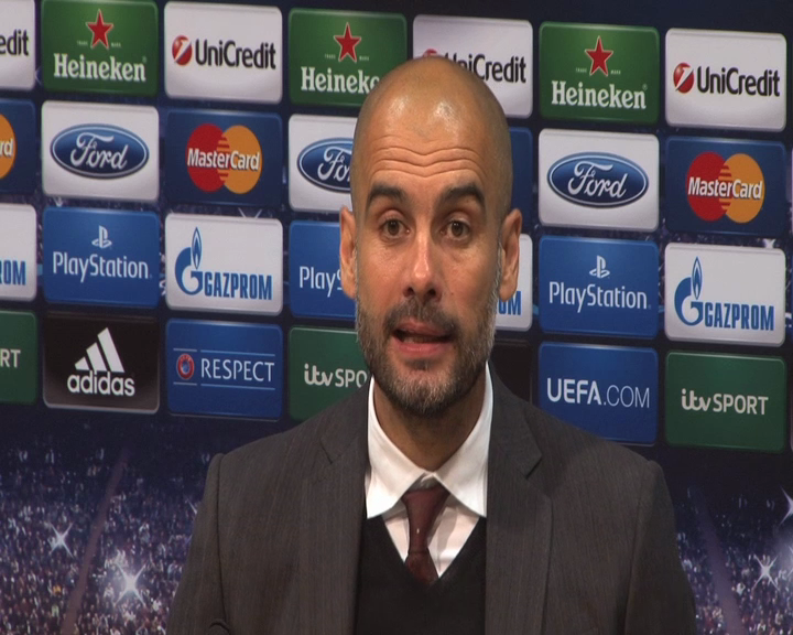 Pep Guardiola Argues With Reporter After Bayern Draw with Man Utd
