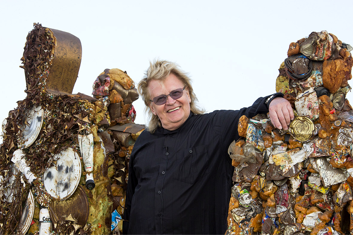 A Load Of Rubbish Eco Artist Ha Schults Trash People