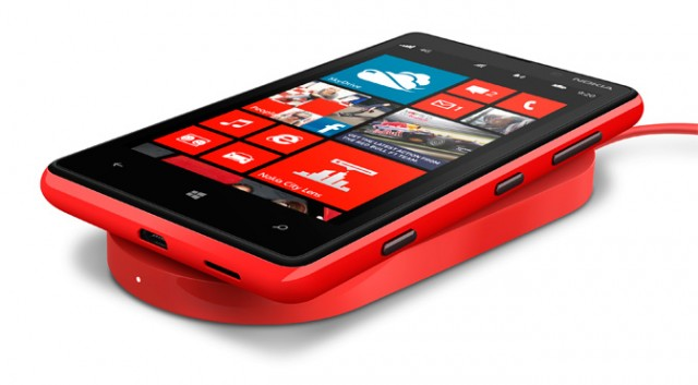 Nokia Lumia 930 Wireless Charging for Free