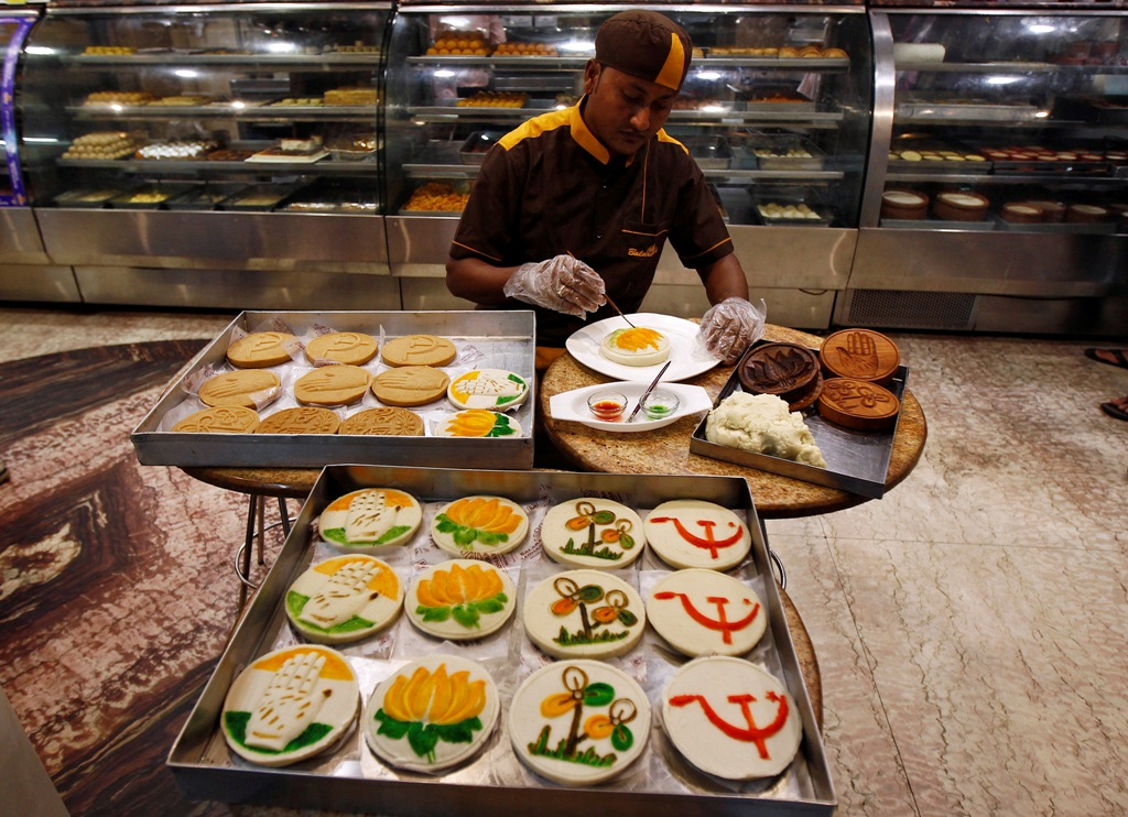 India: Services Downturn Accelerates in March
