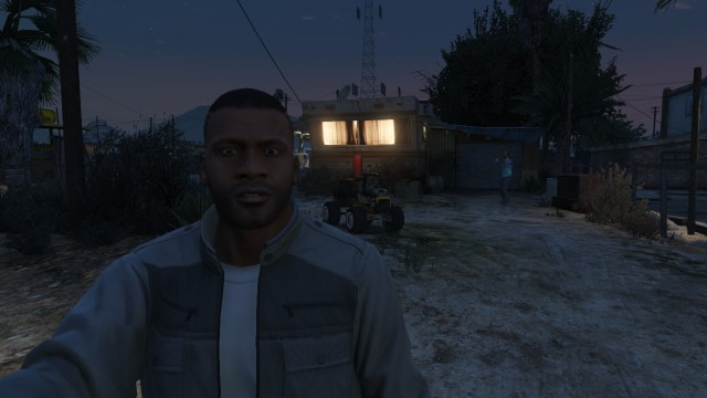 GTA 5: Gamers Investigate Weird Explosions in Sandy Shores