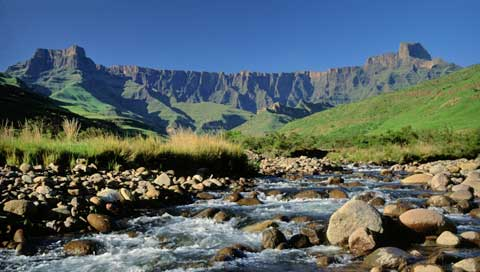 The stunning Busingatha valley area of Drakensberg World Heritage Park