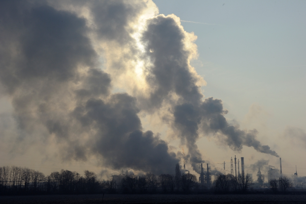 Carbon Prices to Jump 32% as EU Cuts Permit Surplus