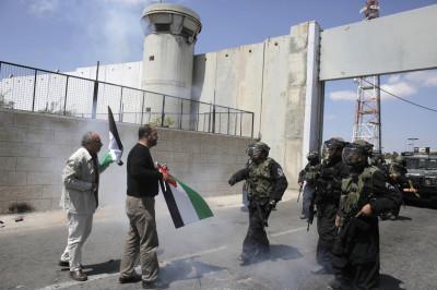 Palestinian protest prisoner release israel