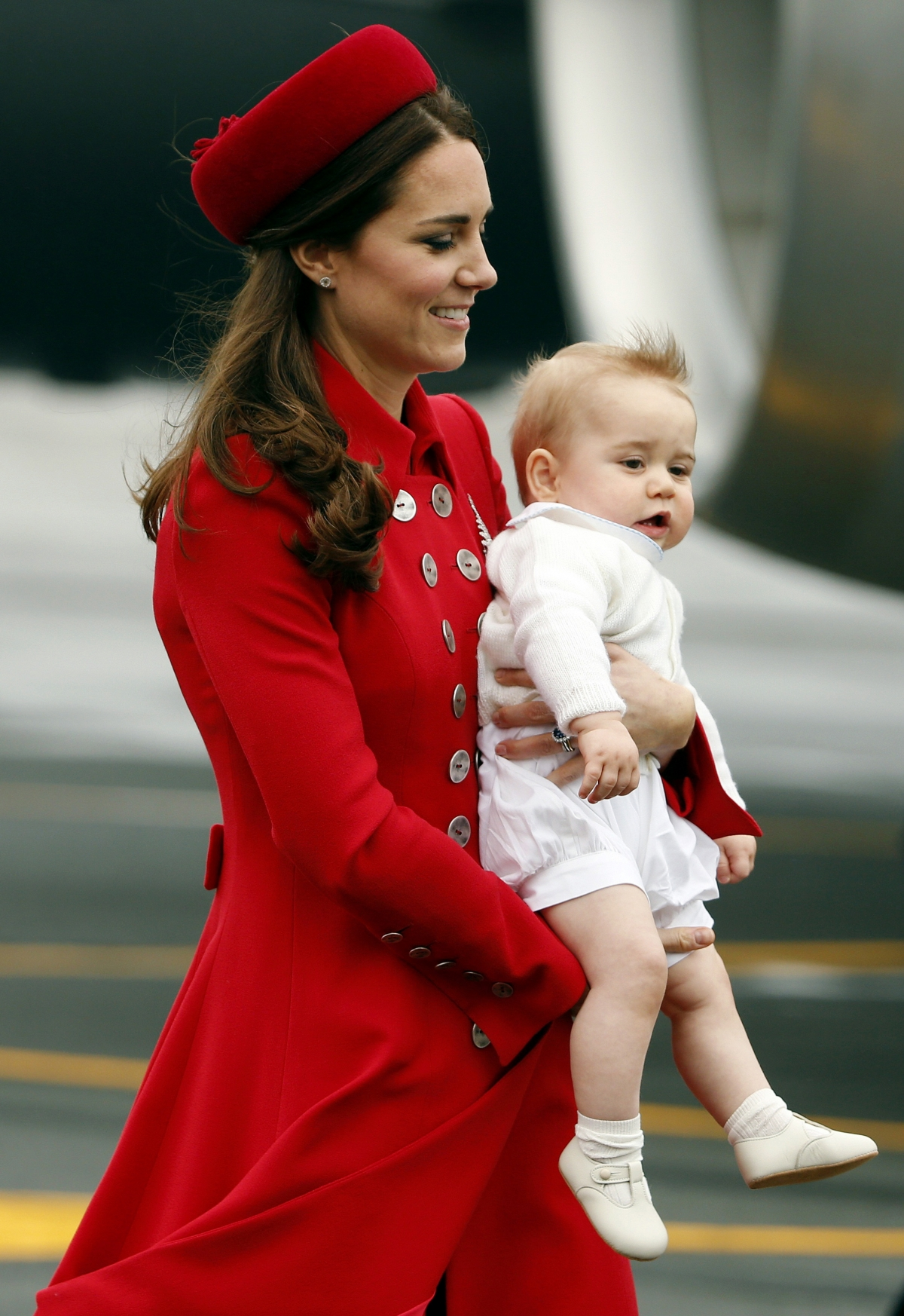 Kate Middleton, Prince William and Baby George Arrive in New Zealand
